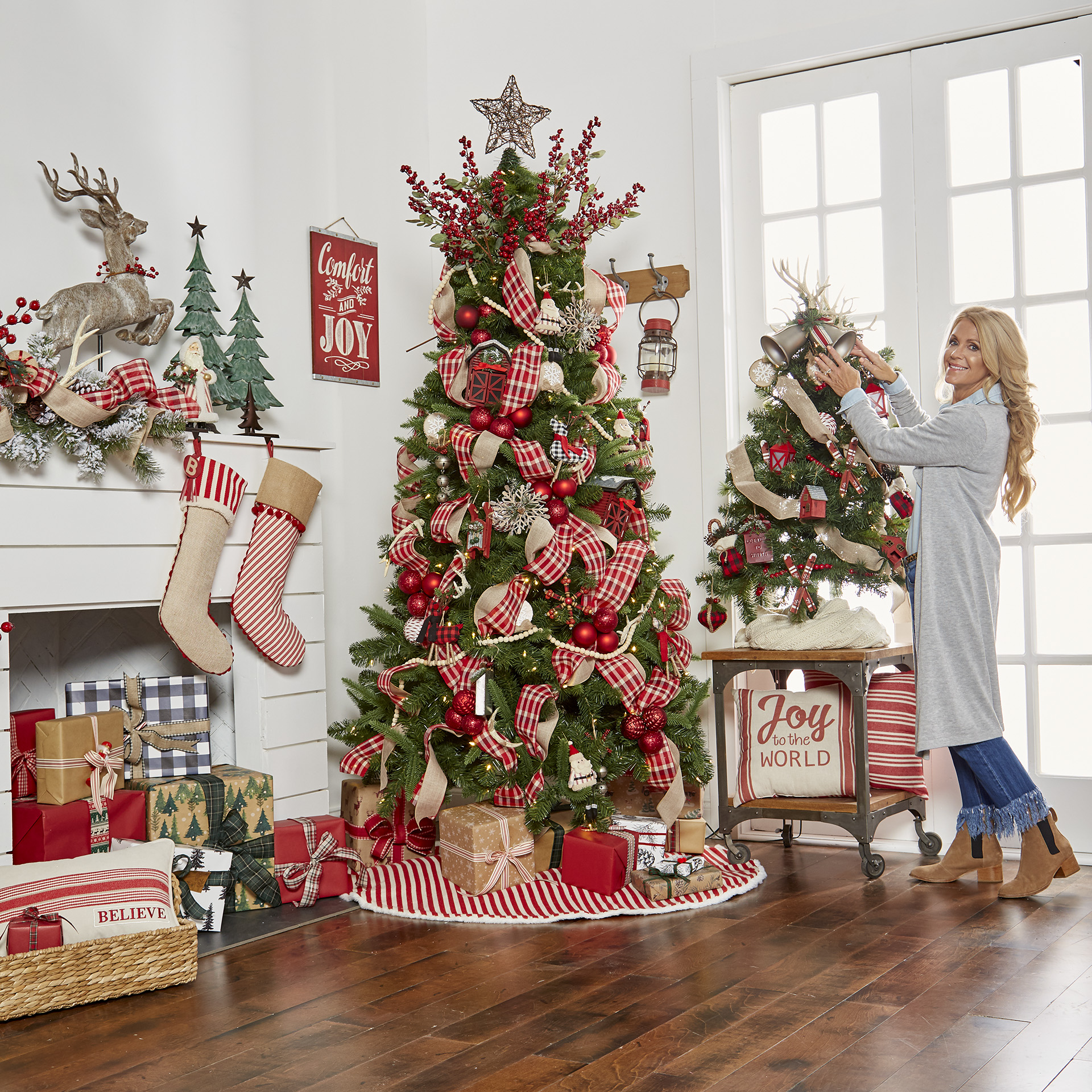 Creating Holiday Magic With Michaels - The Pickled Rose